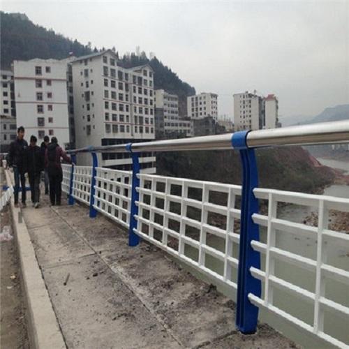 重庆防撞护栏波形防撞护栏防护与加固工程的分类